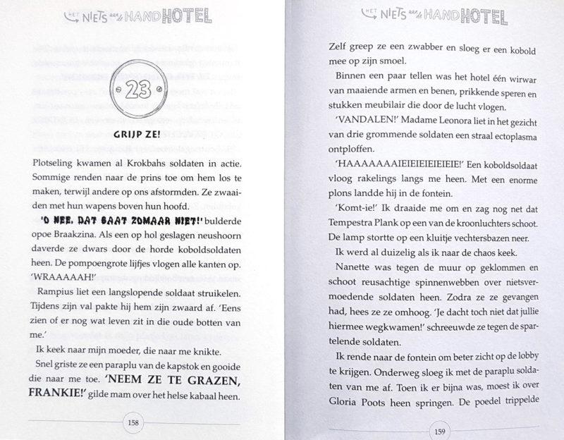 Het niets aan de hand hotel - Steven Butler & Steven Lenton